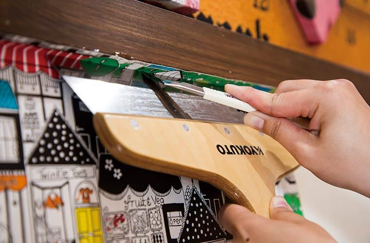 DIY初心者必見!ひと手間でおしゃれ空間に大変身!壁紙の貼り方教えます!