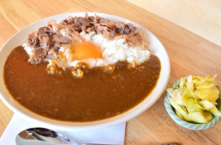 【姫路】全品持ち帰りOK!辛さや量が選べる本格カレーがおすすめの「城丸屋」 総菜やスイーツも