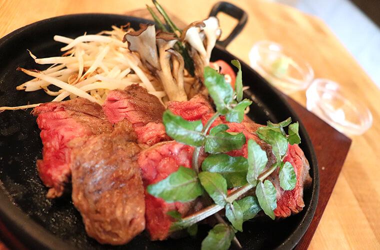 【姫路】「TSUMUGIYA(ツムギヤ)」がリーズナブルでおしゃれ!立ち飲み肉バルが人気♪