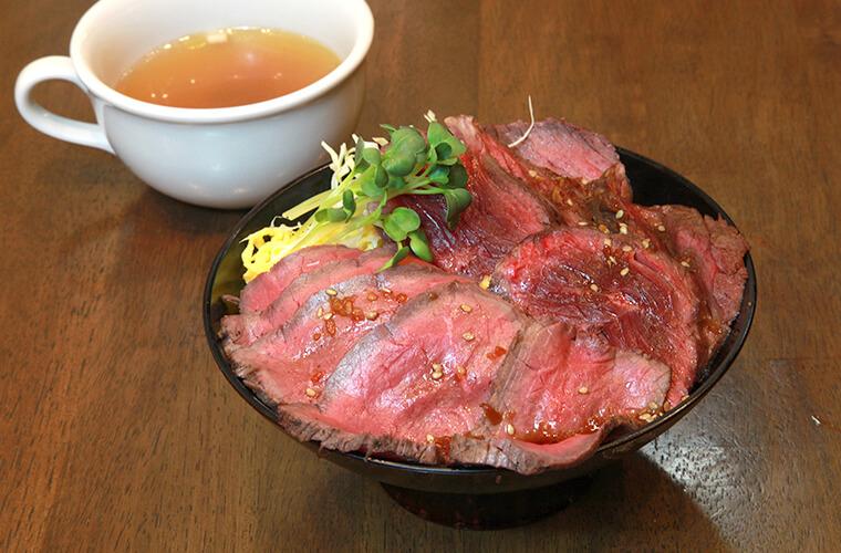 【姫路】3月7日にオープンした薪窯グリルの店「ジョージズ」10食限定の丼も紹介!