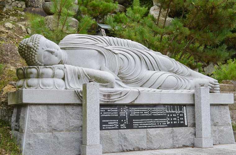 兵庫県のお寺のおすすめパワースポット9選!ダイエット地蔵や縁起物のカメの石像も