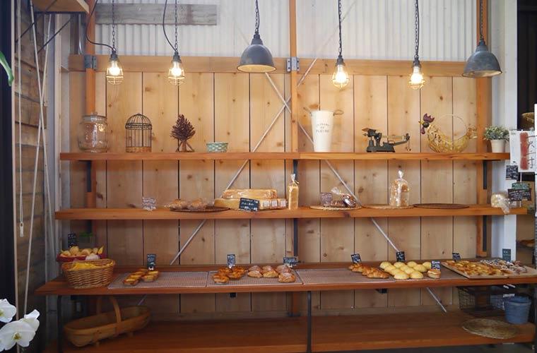 【稲美】西宮のパン屋「ダディーズ・ベーカリー」自家栽培の国産小麦粉で作るパンが人気!