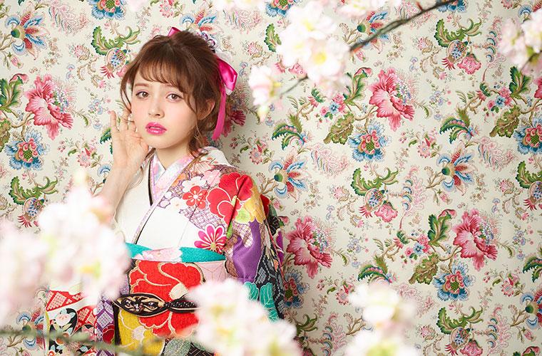 【姫路】振袖・卒業袴・ドレスなどのレンタルなら「貸衣装マリリンハウス」におまかせ!