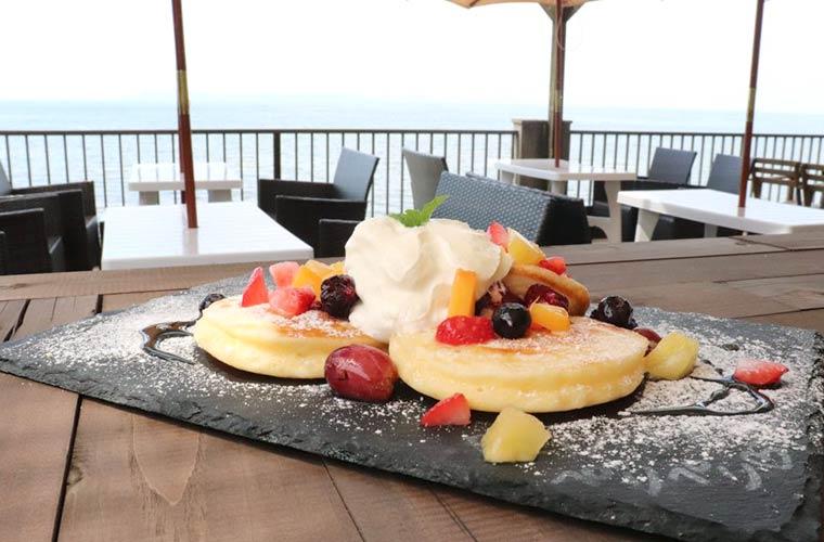 【たつの】新舞子の海沿いカフェ「ペリペリ」オシャレなスイーツとリゾート気分を楽しんで♪