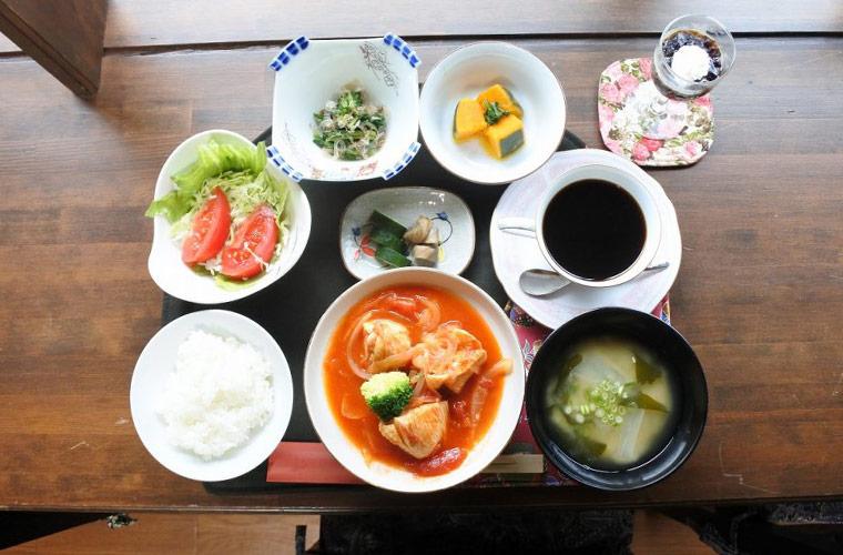【加古川】「古民家カフェ 七宝(しっぽう)」の地元の食材をふんだんに使用したヘルシーランチが人気!