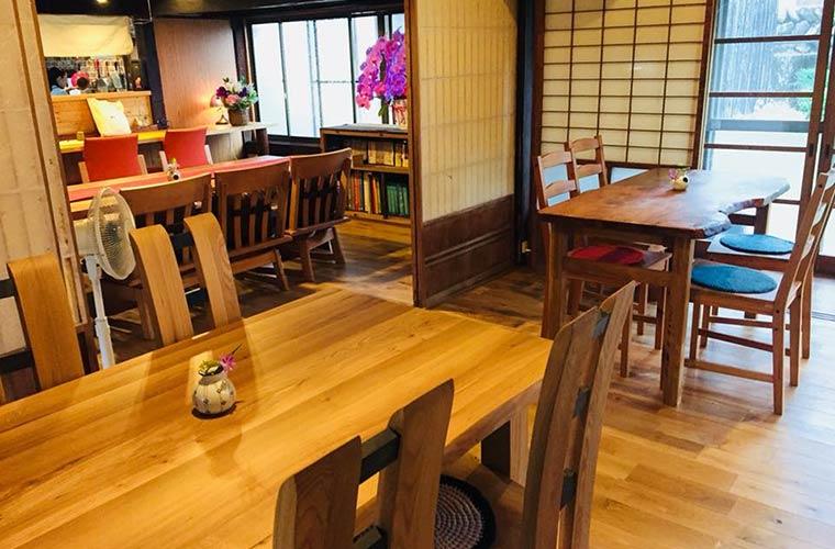【宍粟】古民家を改造した自然農園カフェ「遊楽里(ゆらり)」ランチやシフォンケーキが人気