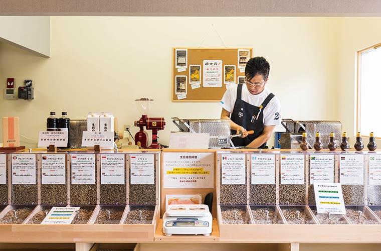 【加古川】オーダーメイド焙煎のコーヒー専門店「まめや」テイクアウトのドリンクやスイーツも