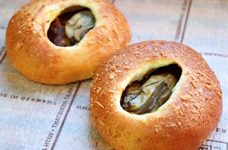 【相生】牡蠣とパンの絶品コラボ!「マウンテン」で食べられる『牡蠣パン』シリーズをチェック!