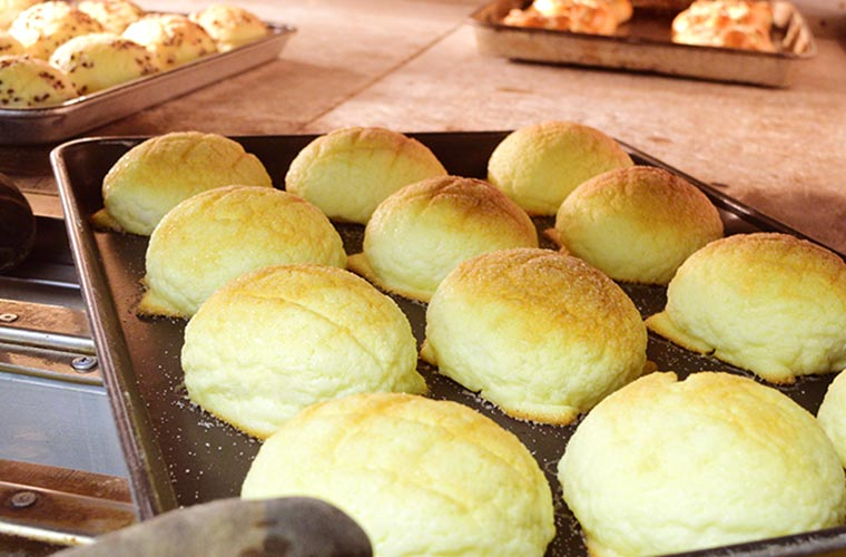 【姫路】人気パン屋「はっくるべりー」1日200個売れるパンや旬素材を使った季節限定パンも