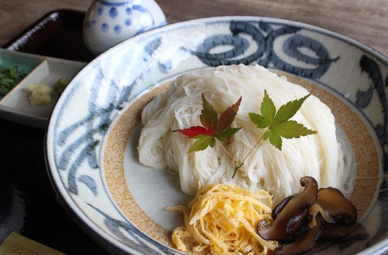 【たつの】最高級そうめん揖保乃糸が食べられる「すくね茶屋」山菜料理の定食も魅力的!