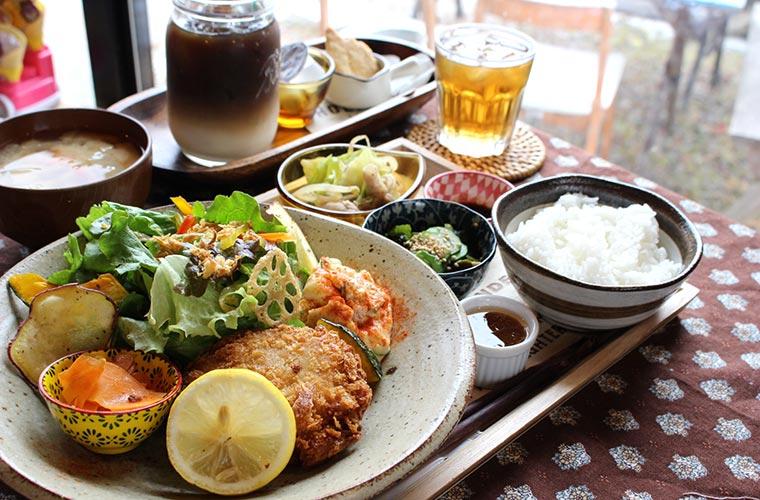 【加東】営業は週1回のおうちカフェ「BAN cafe」のランチに予約殺到!子ども連れOK