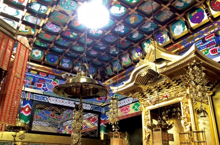 【姫路周辺】一般公開していない天井画やふすま絵を特別に案内!作家と寺社巡り日帰りバスツアー