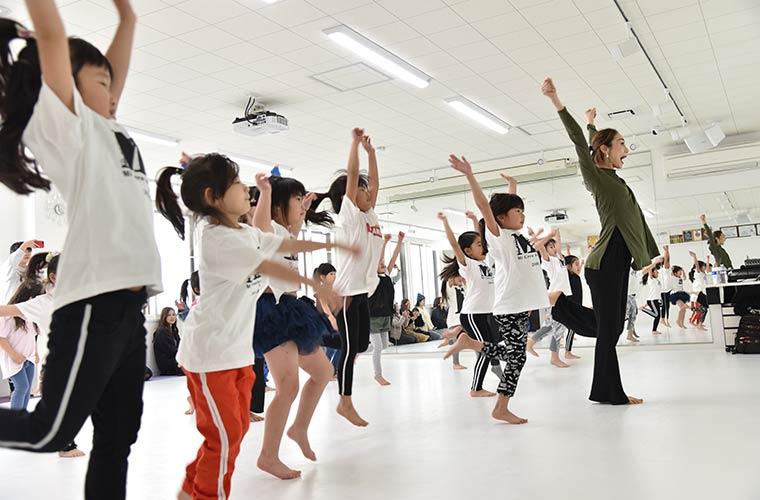 【加古川】初心者大歓迎!キッズから大人まで楽しめるダンススクール「ミークルー」