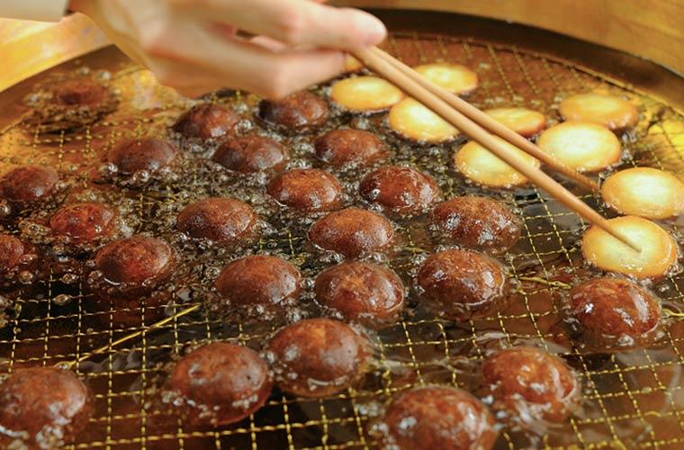 北海道産小豆が入った『揚げまんじゅう』が人気!神戸の菓子店「天ペロ」がピオレ姫路に登場!