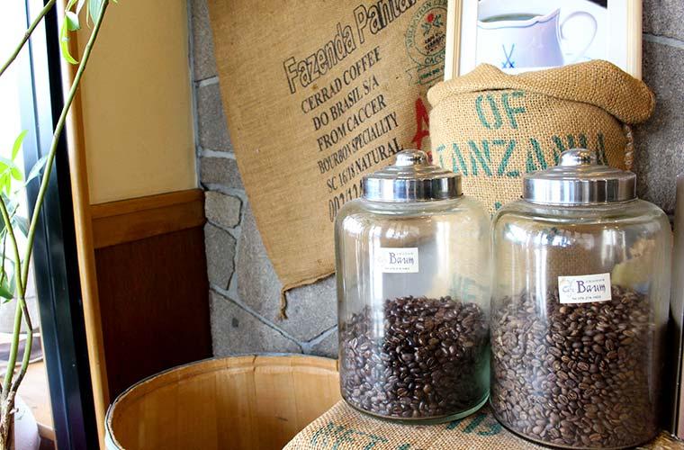 【姫路】自家焙煎珈房「カフェバウム」コーヒーのおいしさの秘密はこだわりの焙煎にあり!