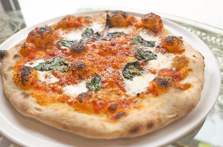 【加古川】完全予約制!隠れ家のような「さとうさんちのピザ屋さん」石窯で焼くピザが人気!
