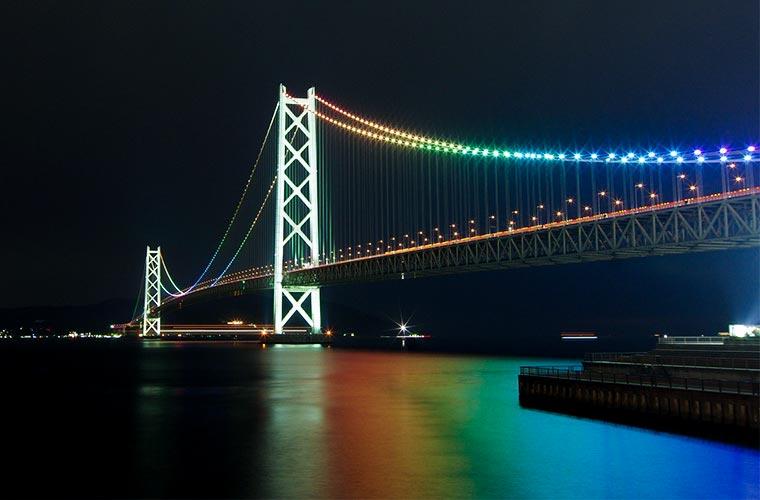 世界一長い吊り橋!「明石海峡大橋」の楽しみ方を徹底攻略!ブリッジワールドやライトアップも紹介♪
