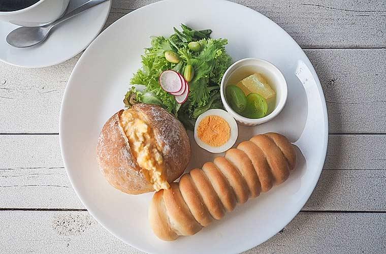 【閉店】営業は週2日!海沿いカフェ「そらとうみ」で自家製糀と天然酵母パンを使ったランチを