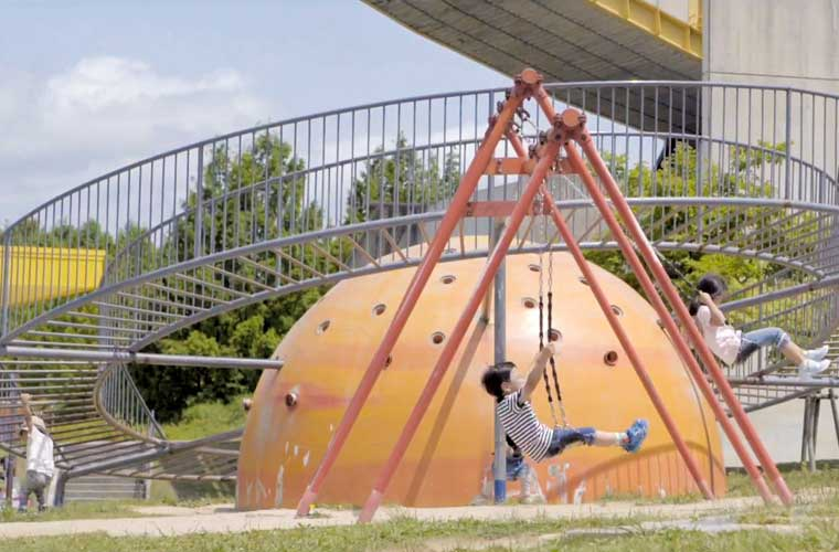 【赤穂・西脇・多可】子どもと公園で思いっきり遊ぼう!楽しい遊具に心躍る♪