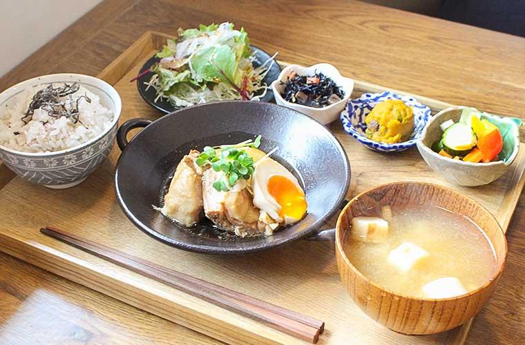 【姫路】「いしころカフェ」の栄養価の高いランチとお手製スイーツが人気♪テイクアウトも