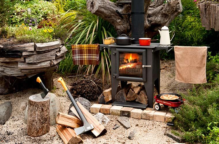 薪ストーブ『Campesse DX』今流行りの冬キャンプに!屋外に持ち出せるキッチンストーブ