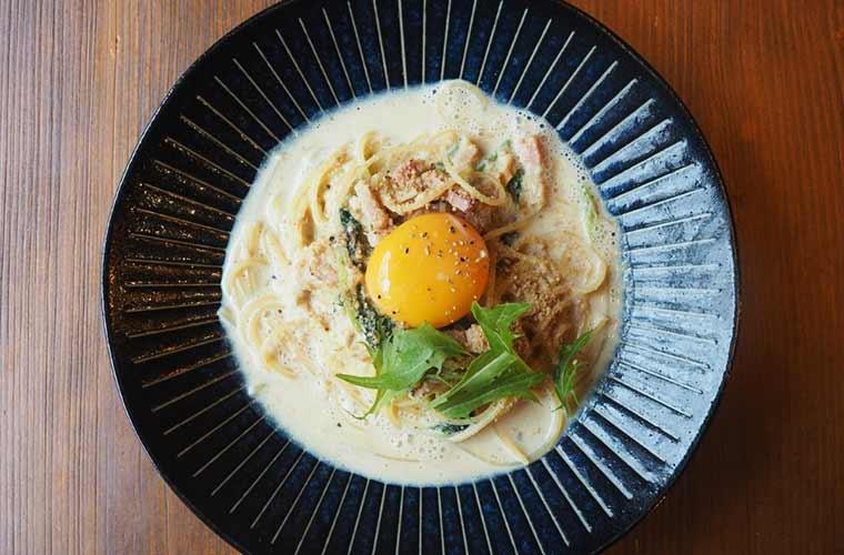 【三木】自家製パンとパスタが人気の「caffe ozio」テイクアウトメニューも充実