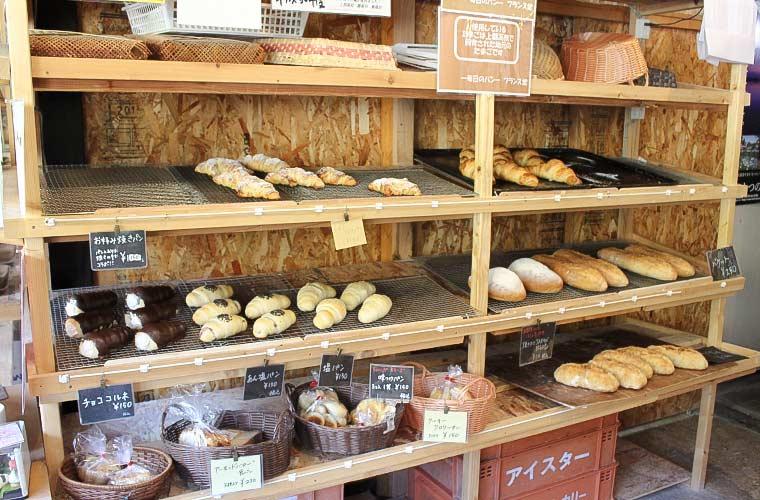 【たつの】10種の食パンがおすすめの「フランス堂」3種類の国産小麦粉の食感や風味の違いにも注目!