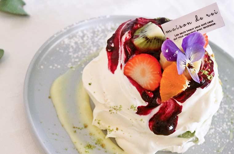 【姫路】パンケーキが人気の「cafe Rei(カフェ レイ)」花のようなフルーツサンドやかき氷が登場!