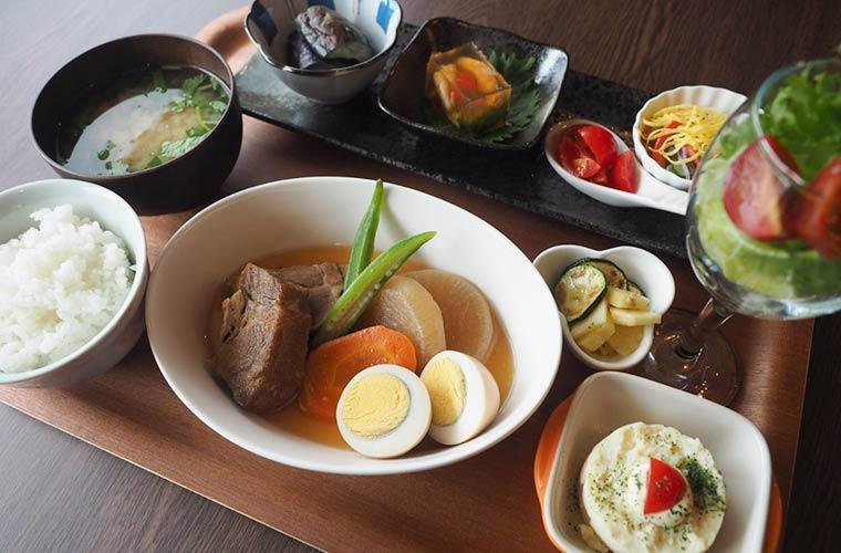 【小野】「cafe ふわり」がオープン!野菜を楽しむヘルシーランチやスイーツが自慢♪