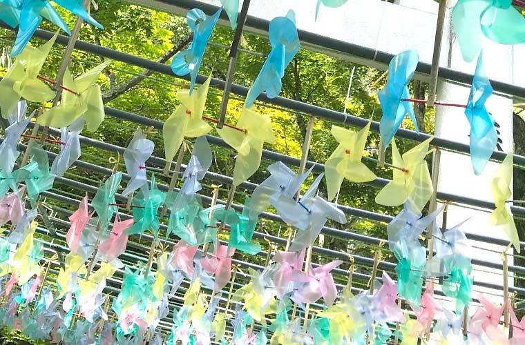 【高砂】鹿嶋神社に涼を誘う風車(かざぐるま)とミストシャワーが出現!SNSで話題に