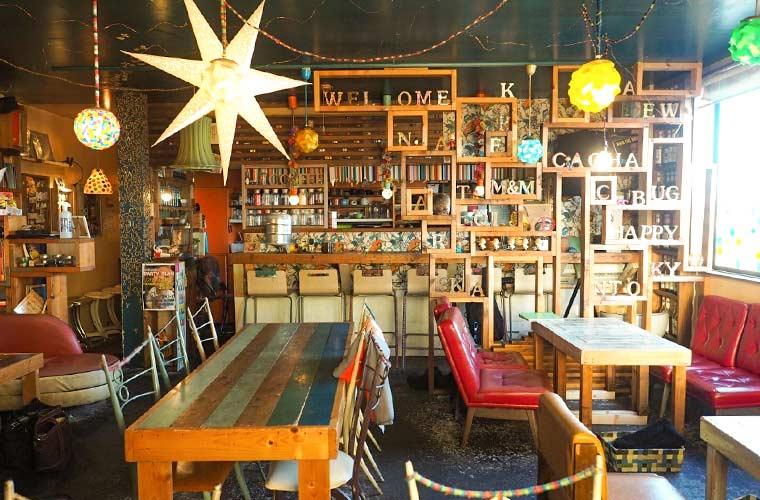 【播磨町】芸術的なカフェ「花茶茶花(かちゃかちゃ)」約40品目のランチや自家製スイーツが人気♪