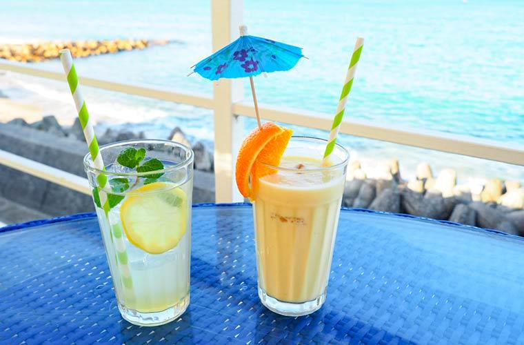 【淡路島】海辺のカフェ「miele(ミエレ)」はちみつを使ったドリンクやスイーツが人気!