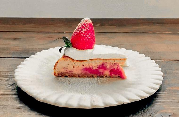 【西脇】イチゴスイーツが楽しめるカフェ3選♪贅沢なパンケーキやかわいいガトーショコラも