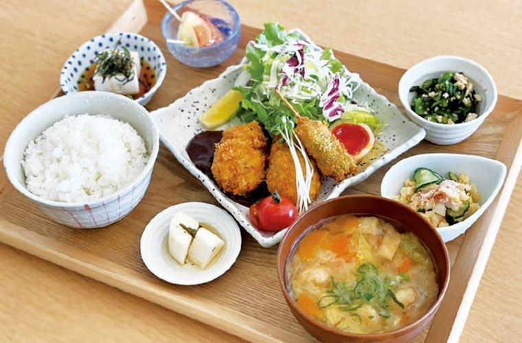 【加古川】野菜たっぷりランチが人気の「加古川食堂」!お弁当のテイクアウトも登場♪