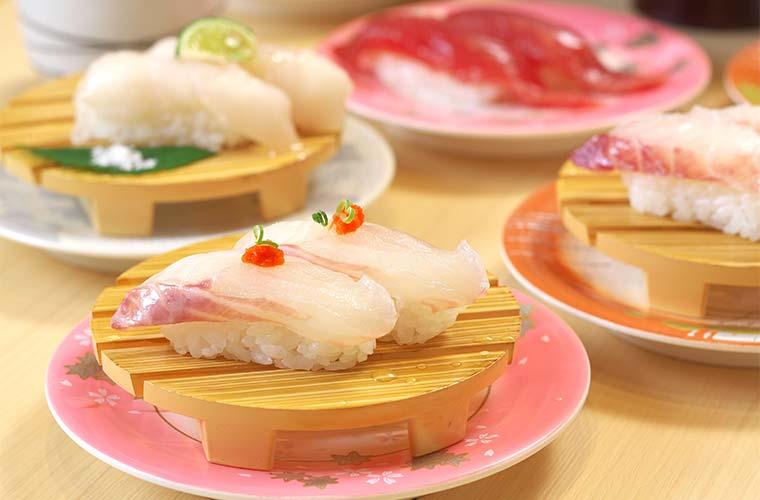 春のお祝いは回転寿司で!新鮮なネタがそろう「春の寿司まつり」を開催
