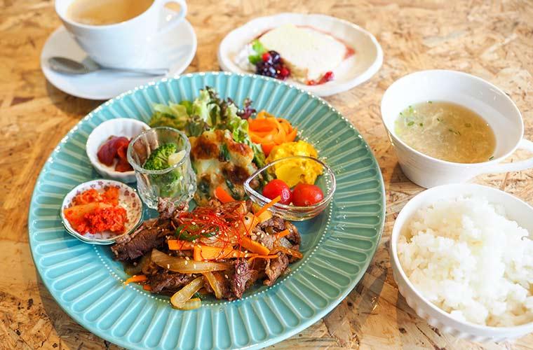 【神河町】韓国グルメとスイーツが楽しめる「カフェ ハヌル」がオープン!話題のクロッフルも♪