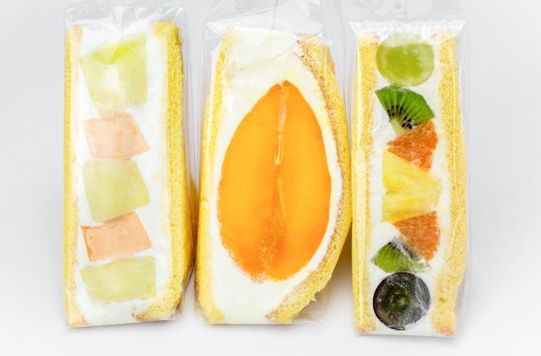 【姫路】青果店「ベジハウスHimeichi」の果物が丸ごと入ったフルーツサンドが絶品!
