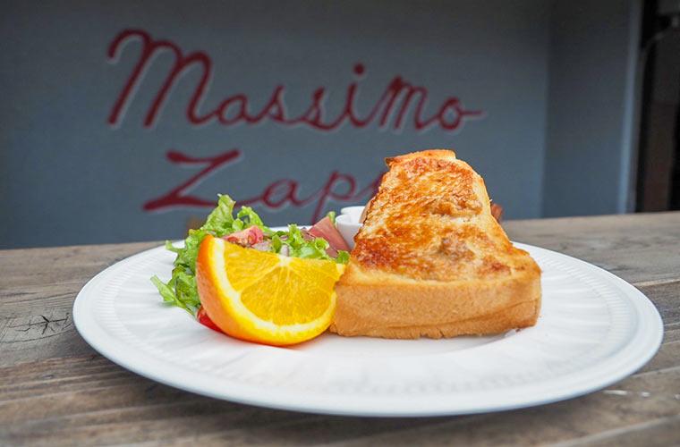 【高砂】カフェ「マッシモ ザッパ」がオープン!食パン専門店とコラボしたトーストスイーツに注目♪
