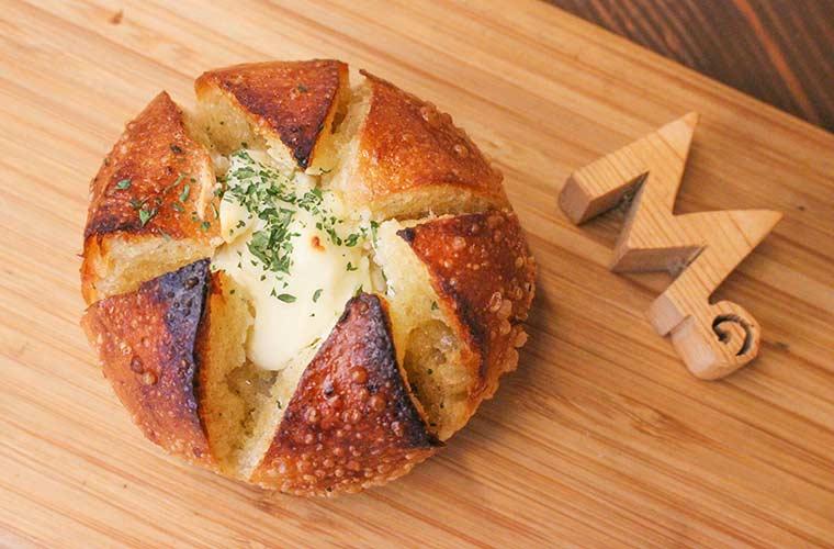 【姫路】「モンキーブレッド」が移転オープン!厳選素材にこだわったふっくら大きいパンが豊富