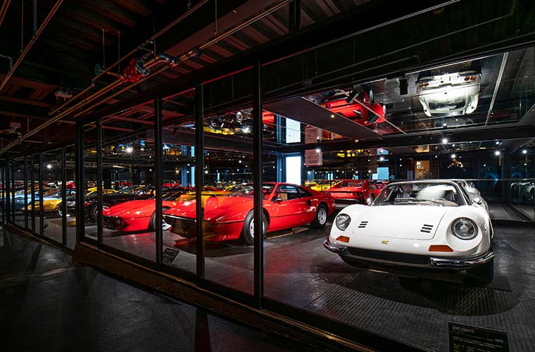 【姫路】希少なヴィンテージカーの博物館「トリノミュージアム」がオープン!限定グッズ販売も